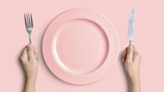 Image of a pink colored plate - 7 Wonky Weight Loss Tricks That Work